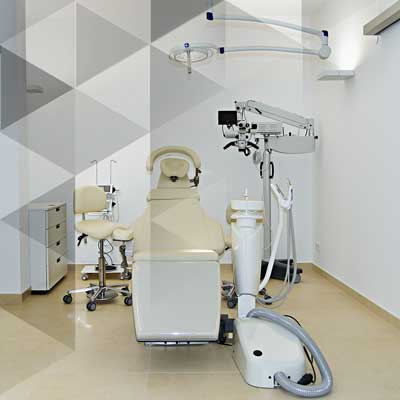 Operationssaal der Zahnarztpraxis Alte Schmiede in Augsburg